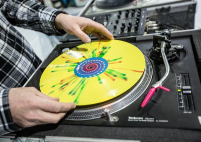 Press-Play-Vinyl-Inauguración-fábrica-discos-vinilo-22
