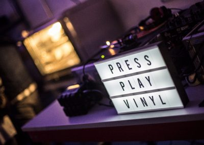Press-Play-Vinyl-Inauguración-fábrica-discos-vinilo-36